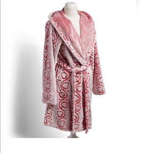 Vera Bradley NWT fleece robe